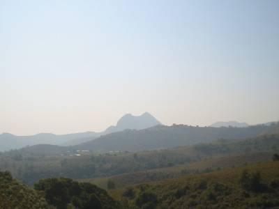 Le Manengouba dans le lointain